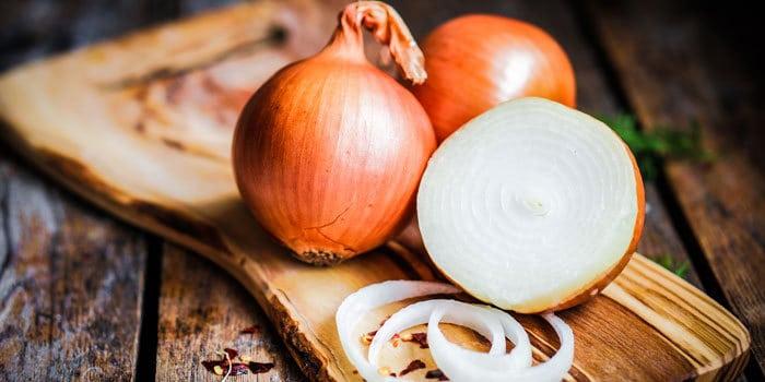 Benefits of Onion in Hindi  प्याज इसकी सही तारीख तो नही पता के कब से आदमी ने इस्ते माल करना शुरू किया हां मगर सबसे अच्छी प्याज स्पेन की होती है हकीमो और वैद्यों के नजदीक कई भ्रांनतिया हैं किसी के नजदीक गरम तर है तो कोई गरम खुश्क समझता है मेरे नजदीक आबो […]