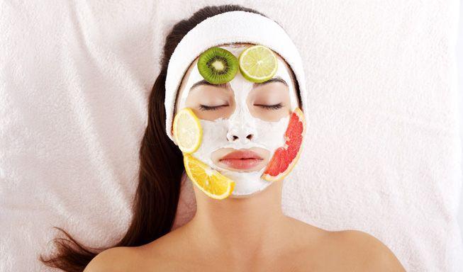 स्वस्थ और सुंदर त्वचा के लिए क्लींजर है मददगार।मृत कोशिकाएं और बंद पोरों की समस्या से निजात।तुलसी और कड़ी पत्ते से बनाये प्राकृतिक क्लींजर। कड़ी पत्ते और तुलसी दोनों में एंटी-आक्सीडेंट होते हैं। स्वस्थ और सुंदर त्वचा के लिए त्वचा की सफाई बहुत मायने रखती है। ऐसे में जितना महत्व त्वचा की स्क्रबिंग, मसाज आदि […]