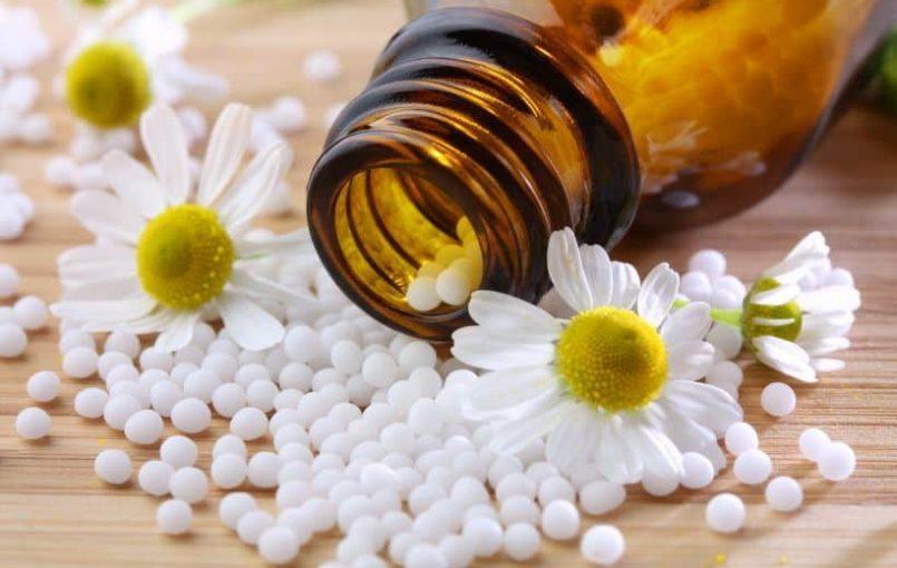 वास्तव में होम्योपैथी में समय की बिल्कूल बर्बादी नही होती। बीमारी का लक्षण दिखते ही होम्योपैथिक औषधि का सुझाव देना संभव है, हम उन लक्षणों को प्रूवर (व्यक्ति जिस पर औषदि का परीक्षण किया जाता है )पर किसी औषधि के ज्ञात प्रभाव से मिलाने में सक्षम होते हैं। औषधि के बारे में संपूर्ण जानकारी और […]